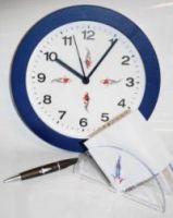 Koi Geschenkset Wanduhr mit Zettelbox und Tancho Kugelschreiber